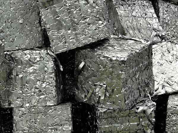 Smaltimento-acciaio-inox-Parma